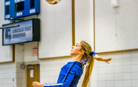 Spartan volleyball outlasts Rockets