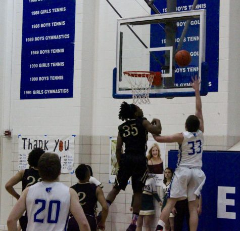 Lincoln East Varsity Basketball District Final Preview