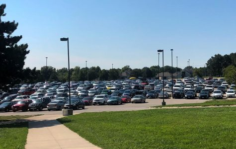 Stuck in traffic? Freshmen parents may be the problem