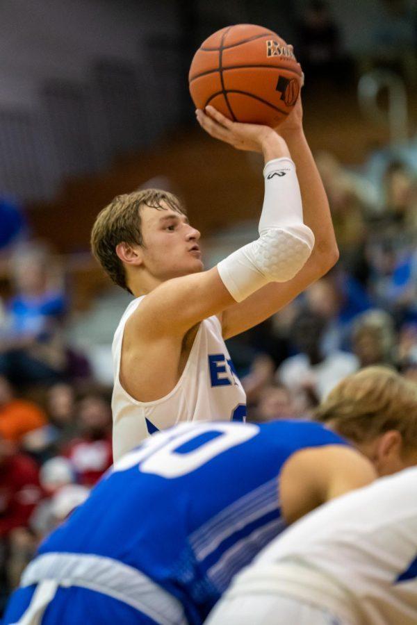 Spartan+senior+forward+Wes+Dreamer+shoots+a+free+throw+against+Kearney+on+December+7.