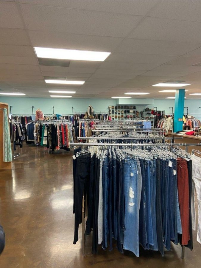 The main room in Glam House Thrift Shop located at 5740 Old Cheney Rd.